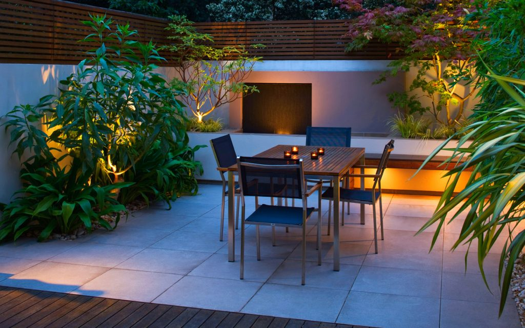 garden lighting 1024x640 - Urban Outdoor Lighting