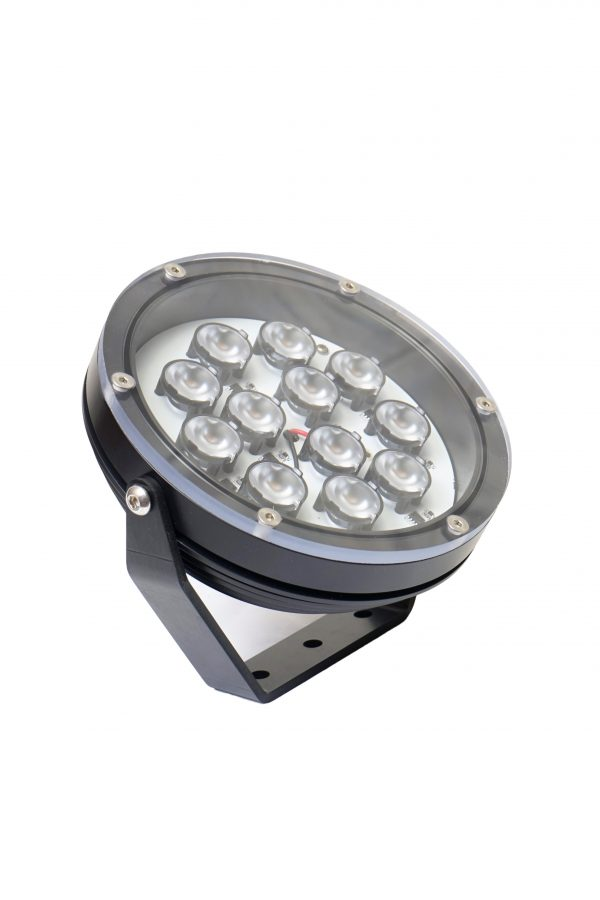 DSC0501 600x900 - Large Floodlight 4000 12v (4060 lumens)