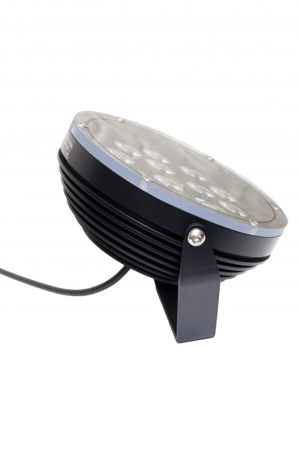 DSC0508 600x900 - Large Floodlight 4000 12v (4060 lumens)