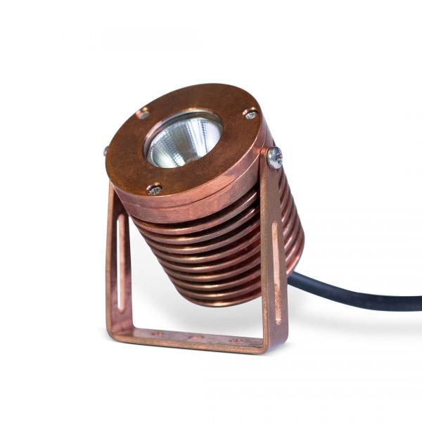 PR2 0106 RT 1080 SQ 600x600 - Solid Copper Power Spot Light wall mount (540 lumens)